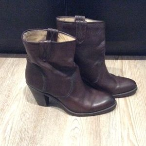 EUC Frye Heeled Boot